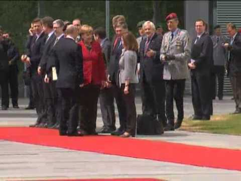 Jun 1, 2012 Germany_Chancellor Merkel welcomes Putin to Berlin