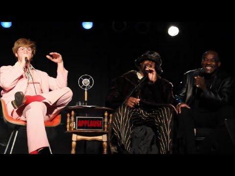 Snoop Dogg's Uncles Sing mistletoe cameltoe video