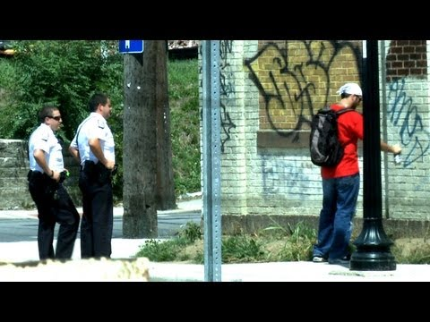 image vid�o Epic Spray Paint Prank - On Cops