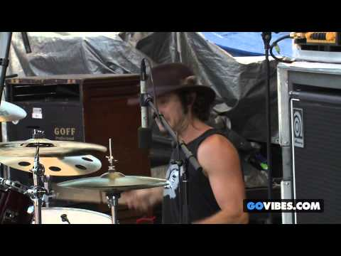 "Lukas Nelson & P.O.T.R. performs ""Old Familiar Pain"" at Gathering of the Vibes Music Festival"