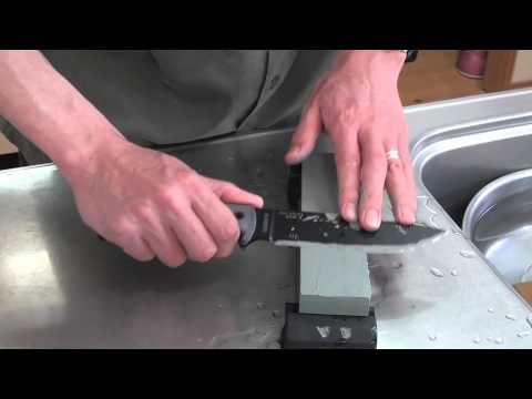 My ESEE6 sharpening with water stones
