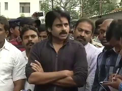 Pawan Kalyan Emotional About School Bus Train Accident @ Yashoda Hospital