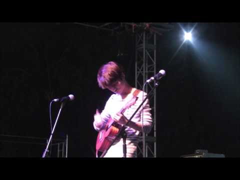 (2014 Sentosa Fest) Hotel California - Sungha Jung (live) video