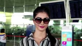 Mohenjo Daro Fame Pooja Hegde Spotted at International Airport