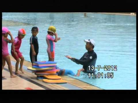 Kids Swimming Lessons At Bukit Batok Swimming Complex video