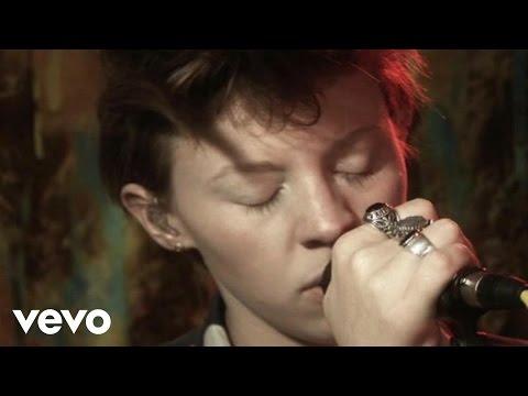 La Roux - Armour Love