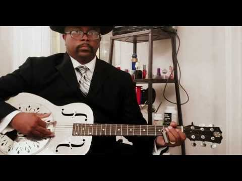 Rev KM Williams - Bathroom Blind Willie Johnson #2(Motherless Children)