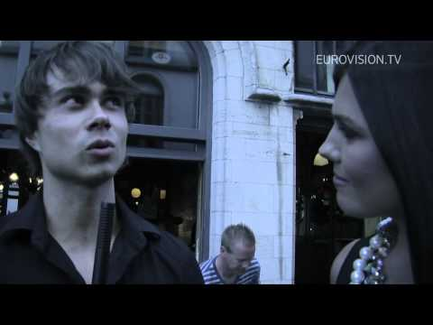 Alexander Rybak in duet with Paula Seling