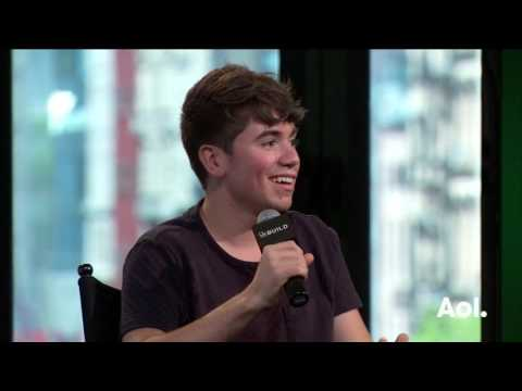 "Noah Galvin On ""The Real O'Neals"" 
