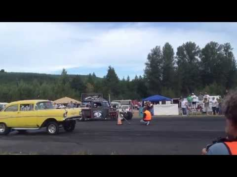 PA PO TRUCK VS. 57' CHEVY BILLETPROOF ERUPTION DRAGS TOUTLE, WA 2013