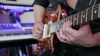 Steve Stevens plays the Supro 1624T Dual-Tone Reissue - Classic Rock Tone Solo Guitar