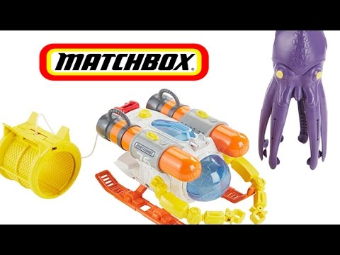 Cargo Submarine by Matchbox Catches Squid Toy Review