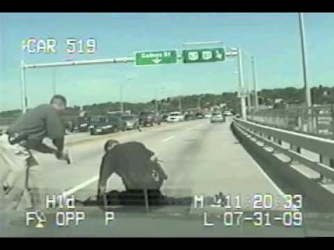 Cop Kills Wild Man In Bridge Fight complete footage