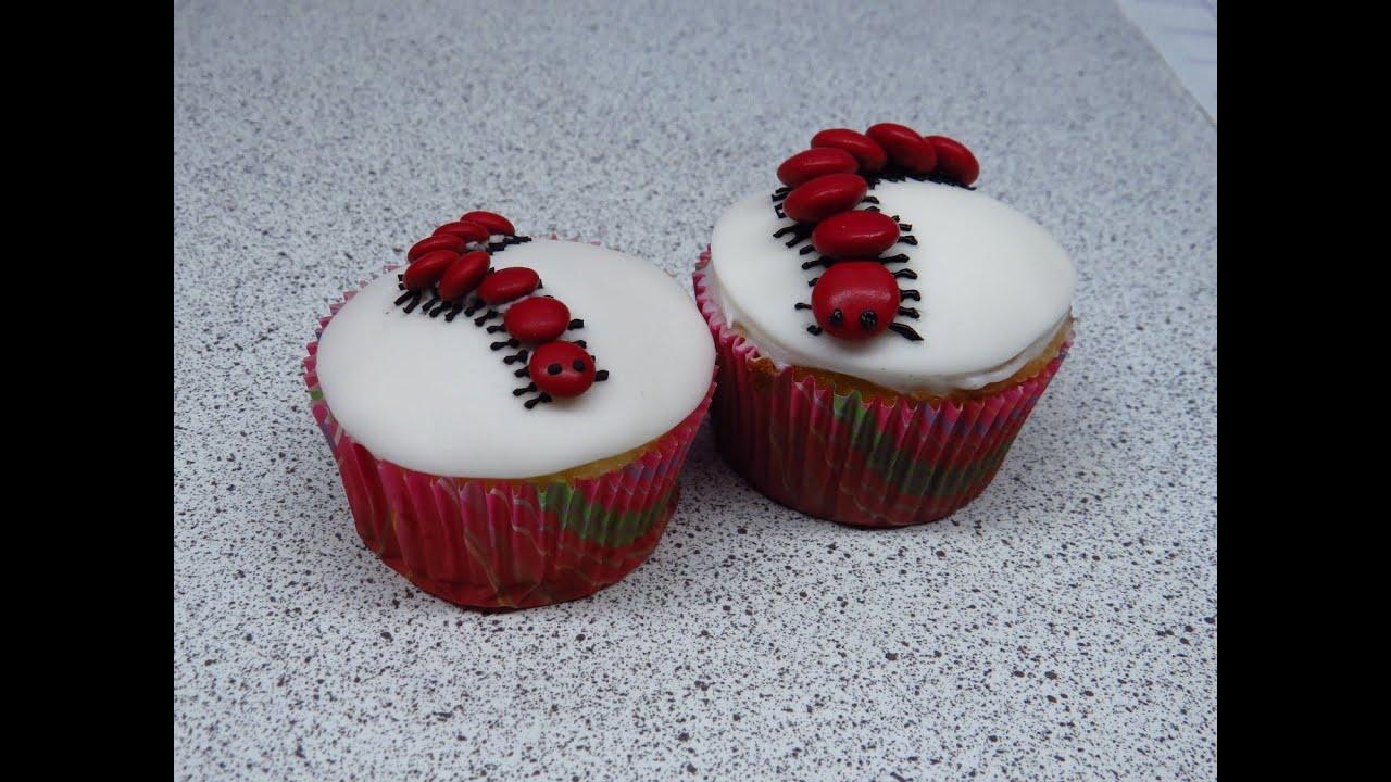 Halloween cupcake decorate a creepy crawly centipede ...