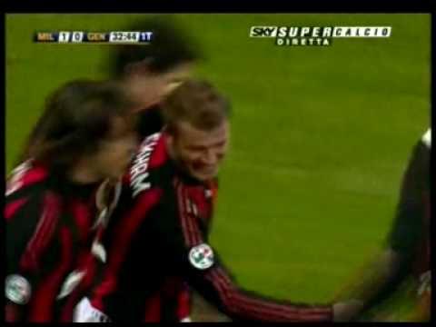 david beckham and victoria beckham_09. Beckham amp; Giggs punizione