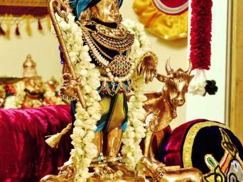 Shastriya Sangeet Bhajan On Sri Krishna - yah Mohan Ke Main Roop Lubhani (meera Bai) video