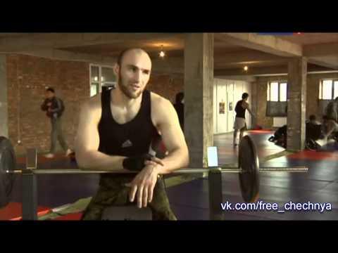 http://vk.com/free_chechnya �о о�и�иал�н�м данн�м в пе�иод 2 �е�ен�ки� воин б�ло �би�о �в��е 250.000 ми�н�� �е�ен�ки� жи�ел...