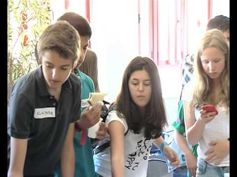 'buentrato' A La Infancia Anar 2011-2012. Foro De Jóvenes 2012 video