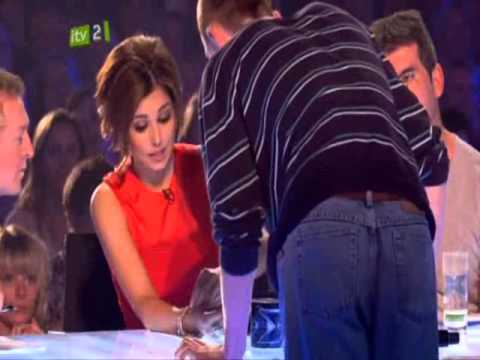 X Factor 2010 - Cheryl Cole Receives a Gift From a Contestant FUNNY!