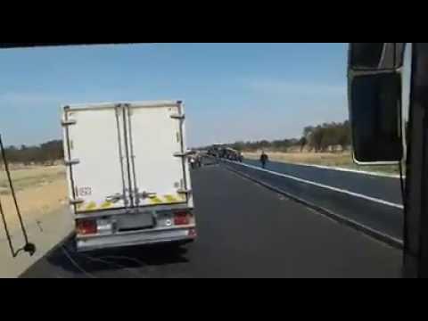 فيديو لحادث سير راح ضحيتها قتيلان وأربعة جرحى ضواحي تيزنيت