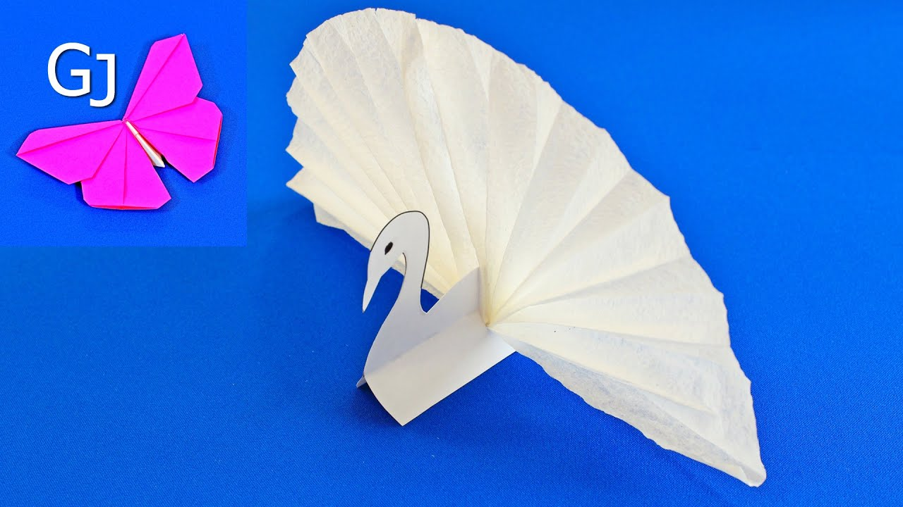 Делаем из бумаги лебедя