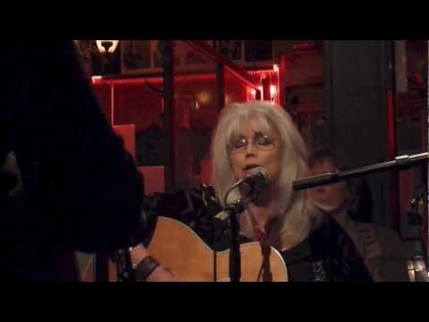 Emmylou Harris, Beautiful Star Of Bethlehem video