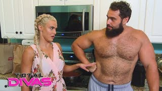 Lana and Rusev have a personal talk about having kids: Total Divas Preview Clip, Dec. 6, 2017