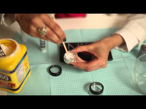 How to Keep Eye Shadow From Smearing With a Home Remedy : Skin Care & Treatm
