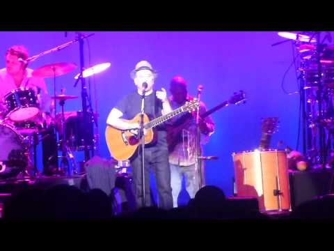 Paul Simon - Graceland (Live Auckland, 8th April 2013)