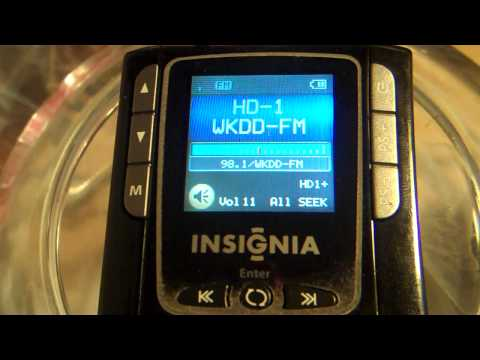 Insignia HD portable band scan using small self powered speakers as antenna 11-01-09