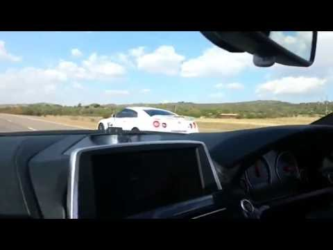 BMW M6 vs Nissan GT-R R35 - 3 races.