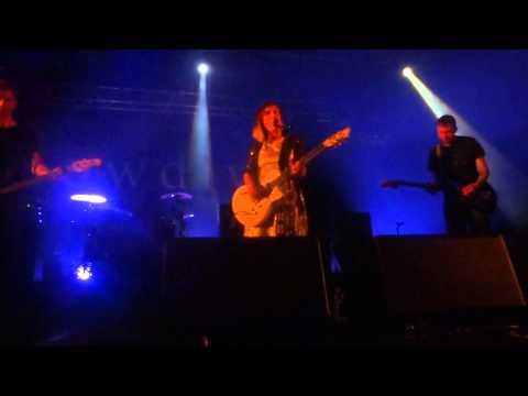 Slowdive - She Calls - Live @ La Grande Halle La Villette - 07 06 2014