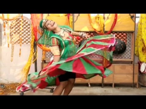 Fagan Mahina Mein Full Video Song - Hot Rajasthani Holi Songs 2013 - Pata Le Saiyan Rang Daal Ke video