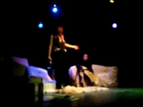 EL AGUA Y EL ACEITE 2 - www.news.martinwullich.com