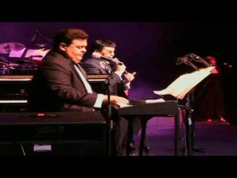 Richie Ray Y Bobby Cruz - A Mi Manera (en Concierto) video
