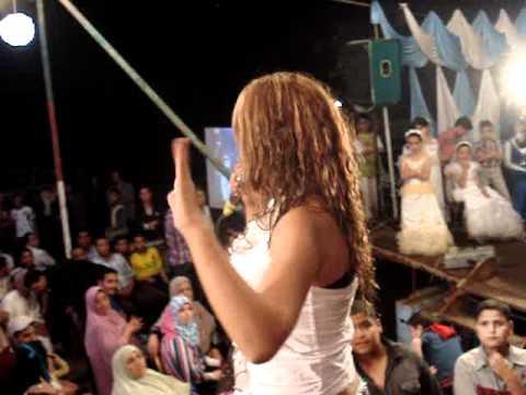 منار سعد بترقص مع جدو