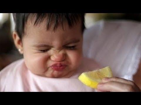 Videos de risa de bebes - Prueban limón por primera vez