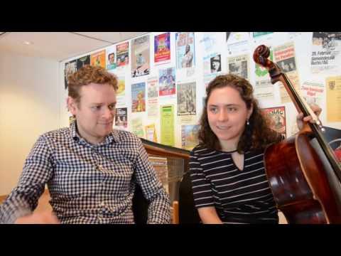 Das macht ebenfalls Lust auf mehr: unsere zwei Solisten Sebastian Bohren und Chiara Enderle im 3. Abo-Konzert plaudern nach der ersten Probe mit dem argovia philharmonic aus dem Nähkästchen.