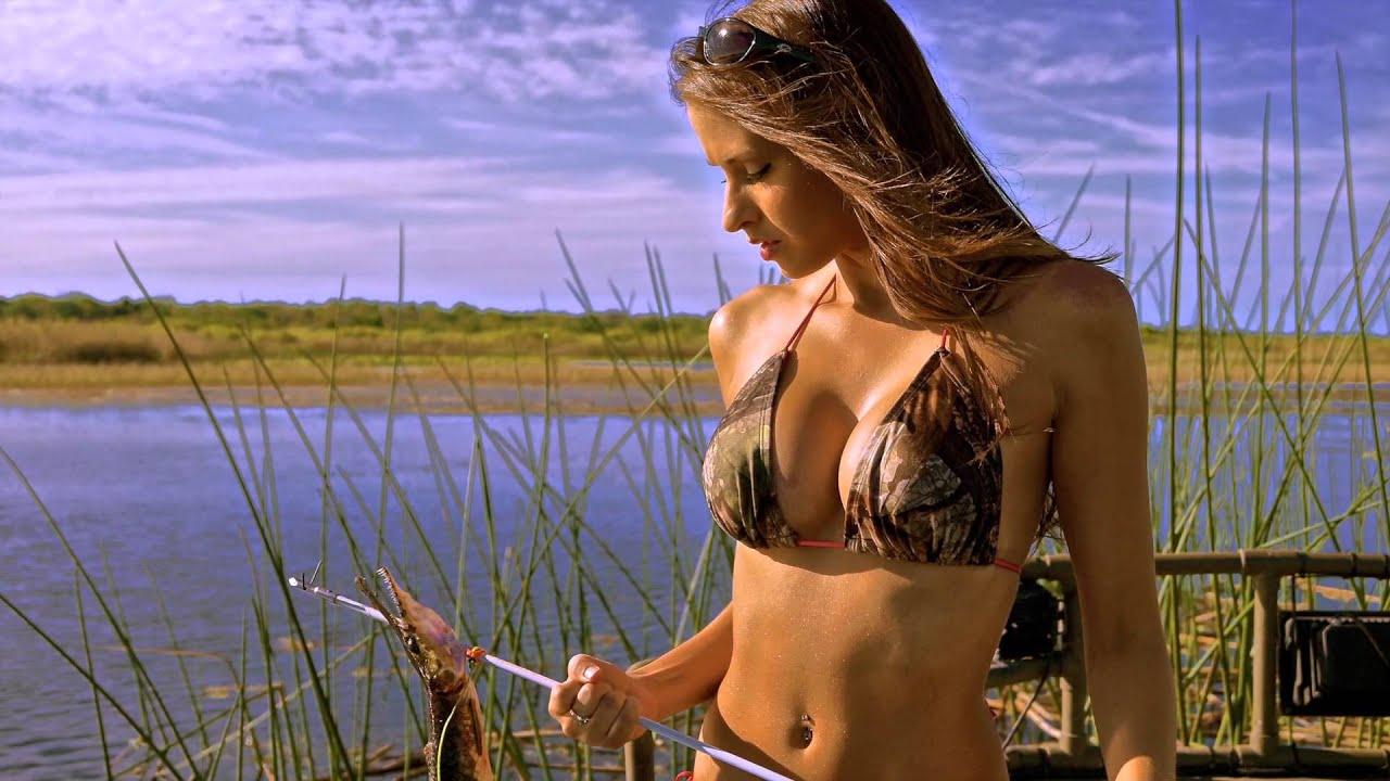 Девушки на рыбалке фото на стол