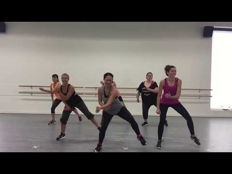 Mi Gente feat. Beyoncé by J Balvin & Willy William- Dance Fit choreo with Kelsi