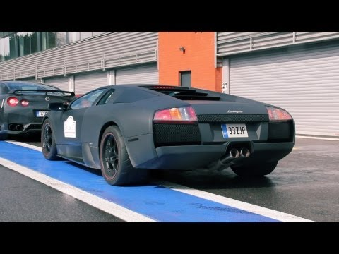 Lamborghini Murcielago on the Track!! Lovely V12 sounds! 1080p HD