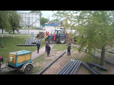 ЖКХ проводит замену теплотрассы в Любани (2014)