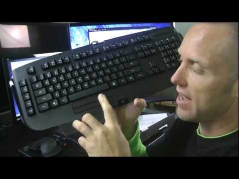 Swifty Razer Anansi MMO Gaming Keyboard Review (gameplay/commentary)
