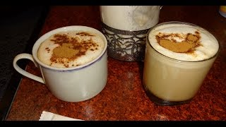 Капучино с корицей дома. Пена с помощью френч-пресса. Cappuccino with cinnamon at home.