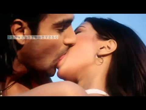 Riya Sen Juicy Kiss 2 from Silsilay RepeatMotion1
