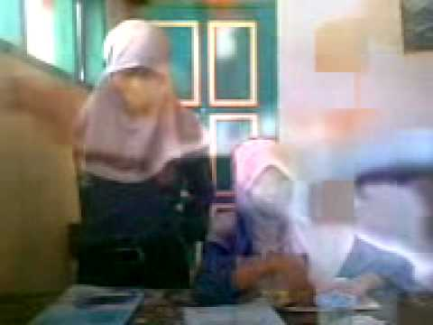 Takut kamera.3gp Video