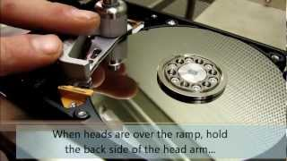 Western Digital head unstick and replacement process - HddSurgery