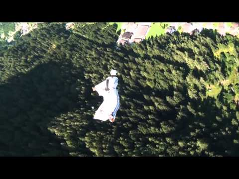 Su Alto – The Longest Wingsuit Flight in Italy