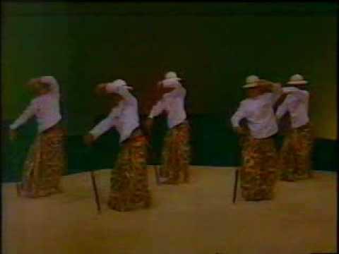 Tari Kreasi Baru Yogyakarta - Part 1 video