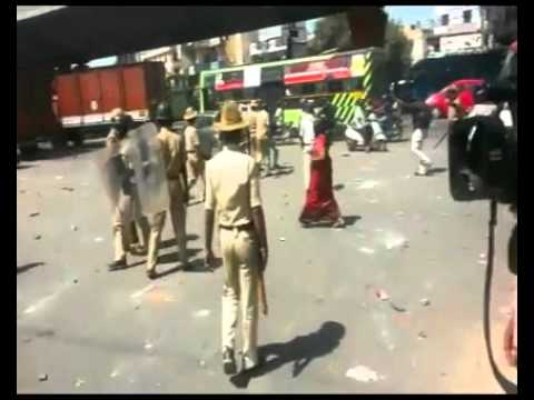 BENGALURU: EMPLOYEE'S PROTEST TURNS VIOLENT IN BOMMANAHALLI